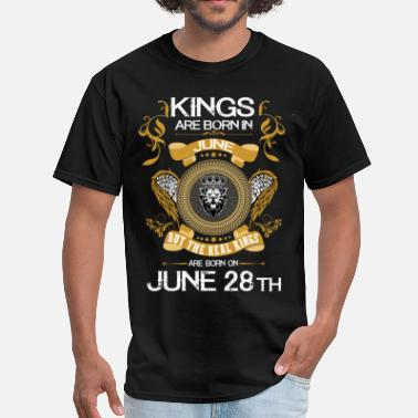 Kings Are Born In June Kings Are Born In June 28th - Men's T-Shirt