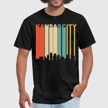 Retro Kansas City Missouri Downtown Skyline - Men's T-Shirt