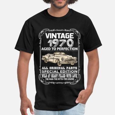 Vintage 1970 Aged To Perfection VINTAGE 1970-AGED TO PERFECTION - Men's T-Shirt