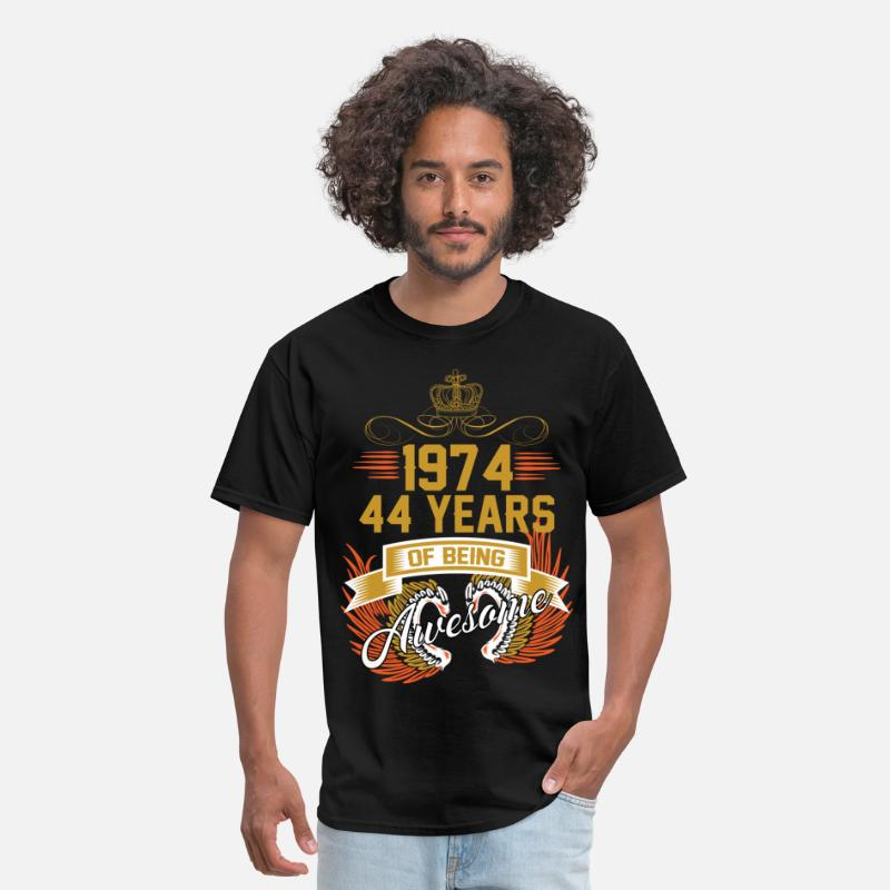 1974 T-Shirts - 1974 44 Years Of Being Awesome - Men's T-Shirt black