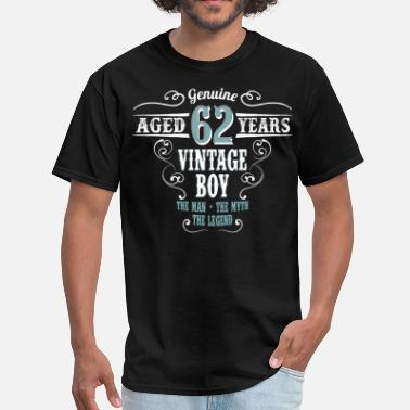 62 Years Old Birthday Vintage Boy Aged 62 Years... - Men's T-Shirt
