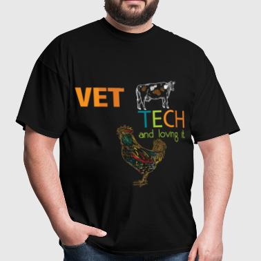 Vet tech and loving it - Men's T-Shirt