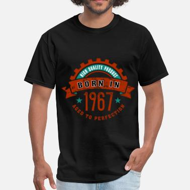 1967 Year Born in the year 1967 c - Men's T-Shirt