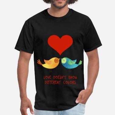 23935256d love_doesnt_know_different_colors_072016 - Men's T-Shirt. Men's T-Shirt.  love_doesnt_know_different_colors_072016