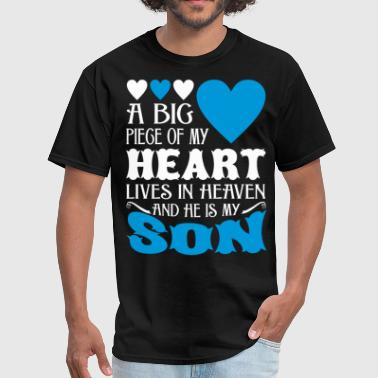 My Heart Lives In Heaven And He Is My Son - Men's T-Shirt