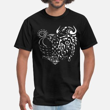 Great Viking tribal tattoo - Men's T-Shirt