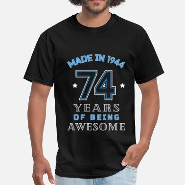74th Years Old 1944 Years of Awesome 74th Birthday Gift - Men's T-Shirt