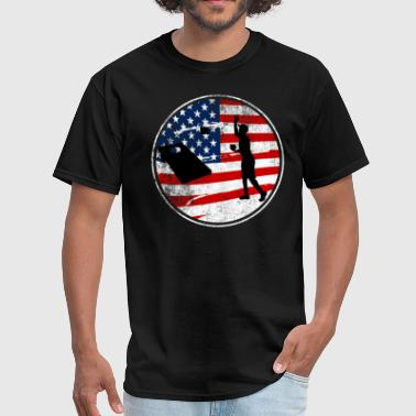 Cornhole Patriotic American Flag Vintage Champion - Men's T-Shirt