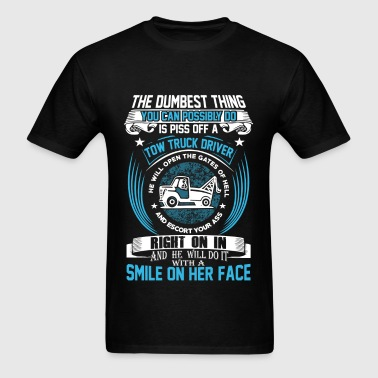Tow truck driver, He'll do it with a smile on face - Men's T-Shirt