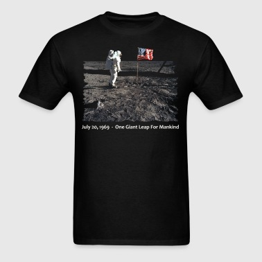 (nasa_one_giant_step_tshirt) - Men's T-Shirt