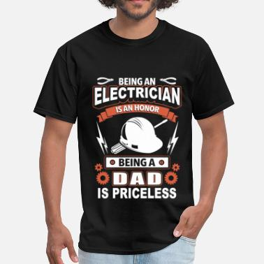 Shooting Star Clothing Electrician - being an electrician is an honor - Men's T-Shirt