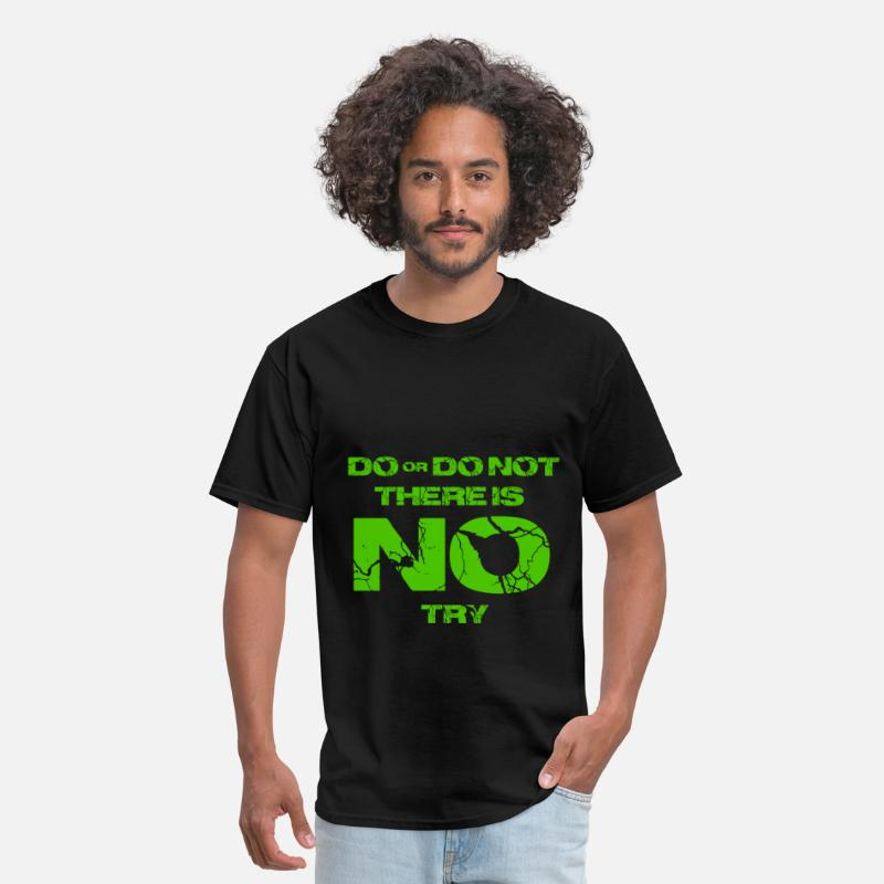 Art T-Shirts - Star Wars do or do not there is no try yoda quote - Men's T-Shirt black