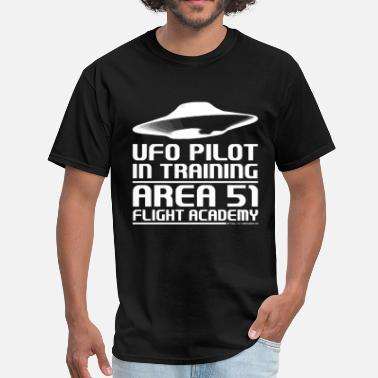 Area 51 Area 51 UFO Pilot - Men's T-Shirt