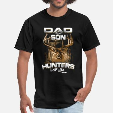 Dad & Son Hunter Life - Men's T-Shirt
