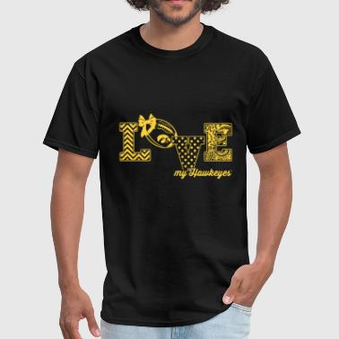 Hawkeye Funny love my hawkeyes love my team football symbol hear - Men's T-Shirt