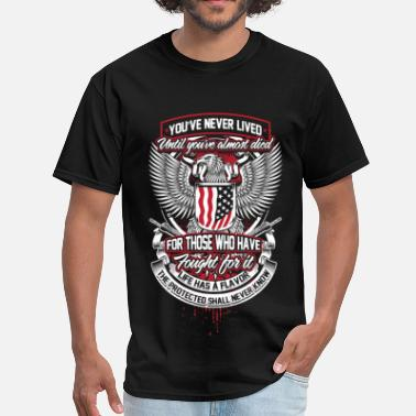 Army Medic Veteran - Those who have fought for it - Men's T-Shirt