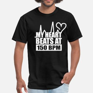 Headhunterz My Heart Beats At 150 BPM - Men's T-Shirt