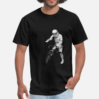 Darth Vader Bike Star Wars Trooper cyclist - Men's T-Shirt