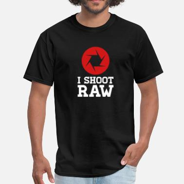 Raw I Shoot Raw - Men's T-Shirt
