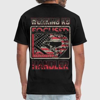 Police K9 Working K9 Handler: Focused K9 - Men's T-Shirt