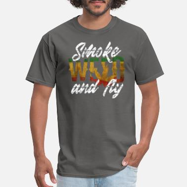 Smoke Hash Smoke Weed And Fly | THC Ganja Hash Bong Gift - Men's T-Shirt