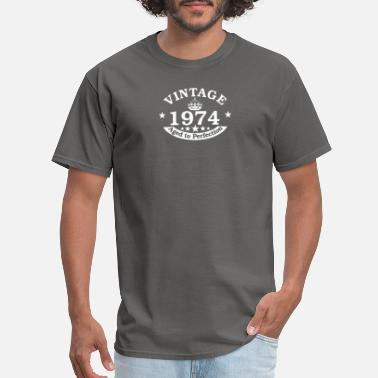 Vintage Year vintage birthdayany year personalised - Men's T-Shirt