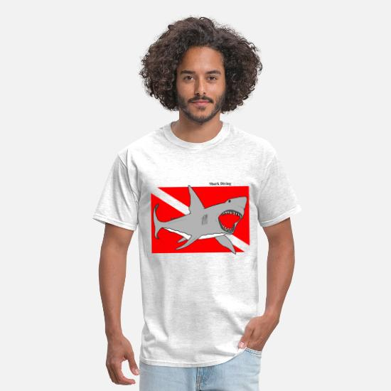Shark T-Shirts - Great White Shark Diving with Diver Down Flag - Men's T-Shirt light heather grey