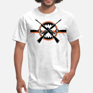 Bear Trap Crossed rifles over bear trap T-Shirts - Men's T-Shirt
