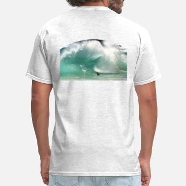 Surfing Sandy Beach Wave - Men's T-Shirt
