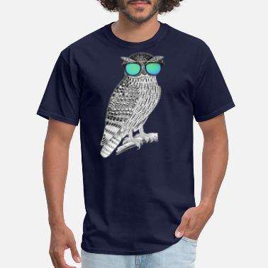 Chill Out Owl Chilling out - Men's T-Shirt