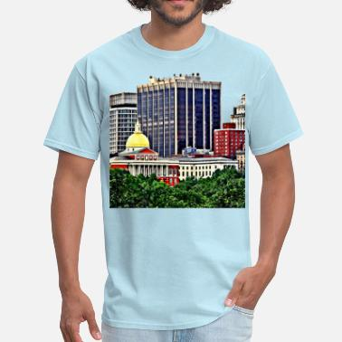 Commonwealth Boston MA - Skyline with Massachusetts State House - Men's T-Shirt