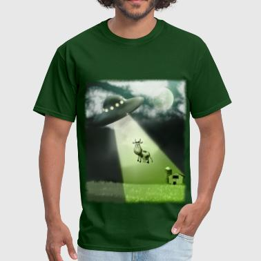 Flying Saucer Comical UFO Cow Abduction - Men's T-Shirt