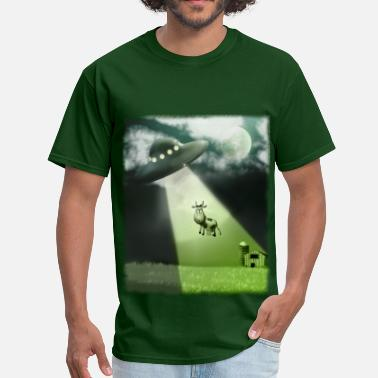 Saucer Comical UFO Cow Abduction - Men's T-Shirt