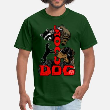 Hunting Dog coon_dog_e_racoon - Men's T-Shirt