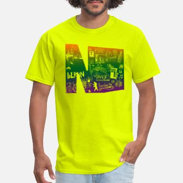 Prenzlauer Berg Letter N graffiti in colors - Men's T-Shirt