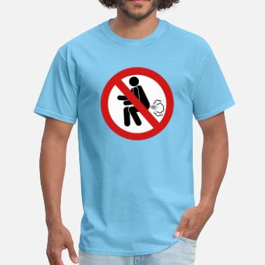 Farting Asian NO Farting Sign - Men's T-Shirt
