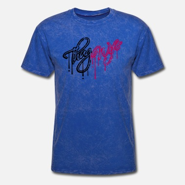 Scratching thug wife tears scratches graffiti drops logo with - Men's T-Shirt