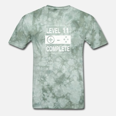 Level 11 Complete Level 11 Complete - Men's T-Shirt