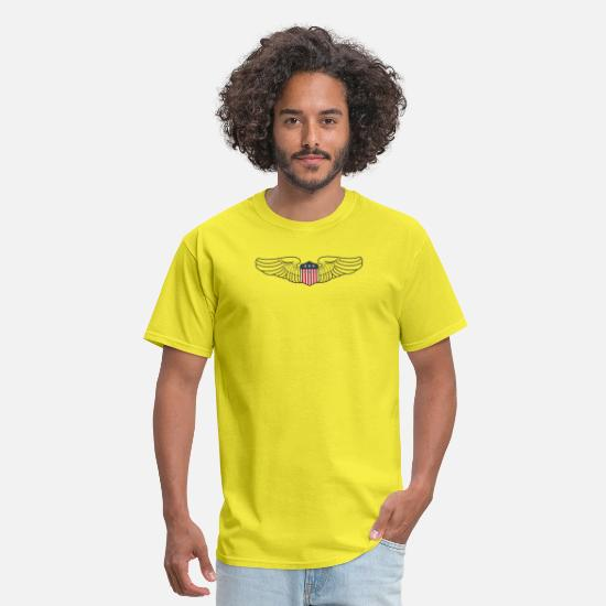 Shield T-Shirts - USA crest - Men's T-Shirt yellow