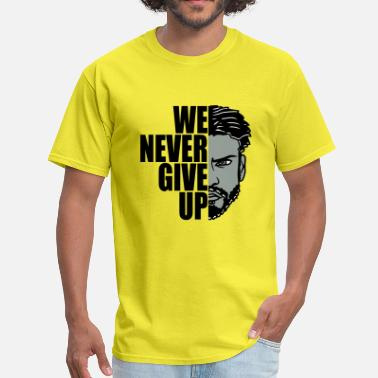Sexy Man we never give up never give up hold out team crew - Men's T-Shirt