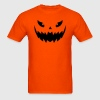 Really scary Halloween pumpkin face vector - Men's T-Shirt