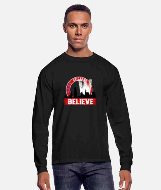 Chicago Bulls Long-Sleeved Shirts - Chicago - Awesome chicago Tshirt for Chicago lov - Men's Longsleeve Shirt black