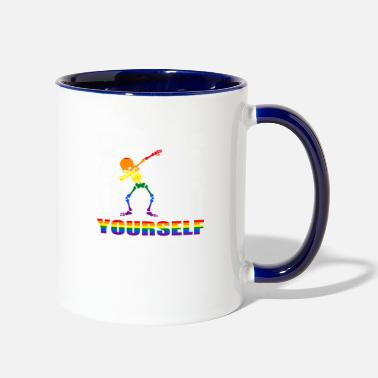 Bursdag dare to be yourself - Two-Tone Mug