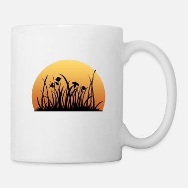 Meadow Sunset behind the meadow with the flowers - Coffee/Tea Mug