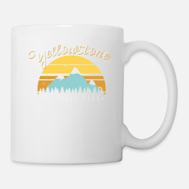 Geyser Vintage Retro Yellowstone National Park T-Shirt - Mug