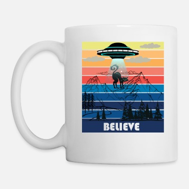 Off Vintage Retro Cat Alien Abduction Funny Cat Alien - Mug