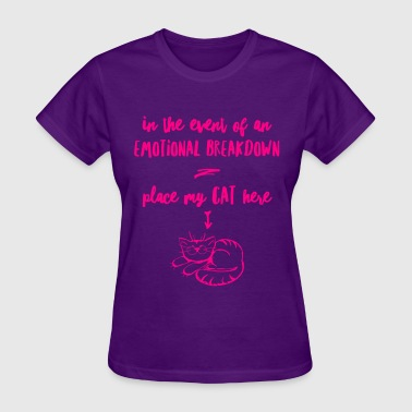 emotional breakdown cat - Women's T-Shirt