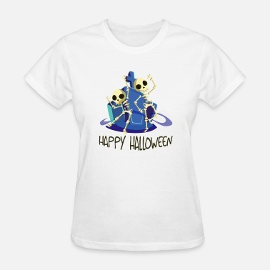 Happy Dance Happy Halloween - dancing skeletons - Women's T-Shirt