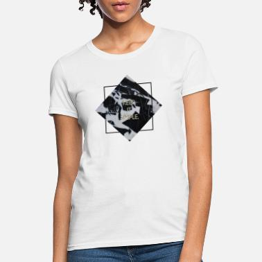 Museum keep it simple marble - Women's T-Shirt
