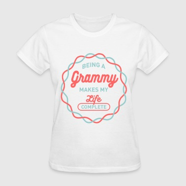 Being Grammy - Women's T-Shirt